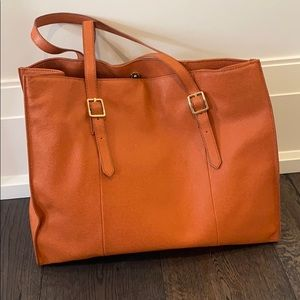 Handbags - Saks Fifth Avenue leather purse